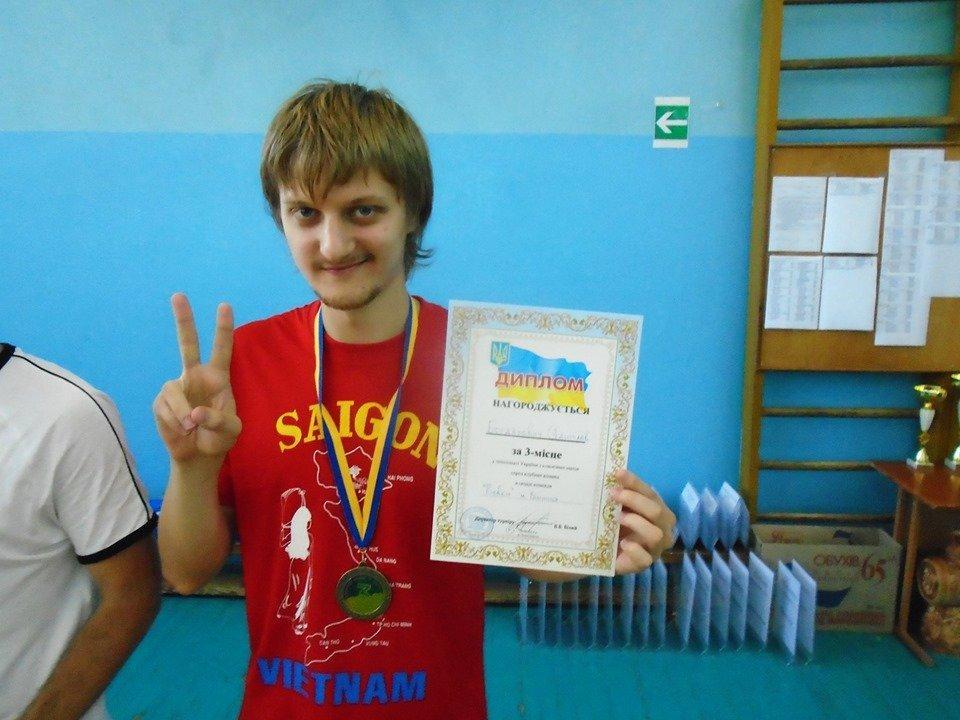 Станислав Богданович на трех последних турнирах выиграл 17 тысяч долларов / фото: Times.OD.UA