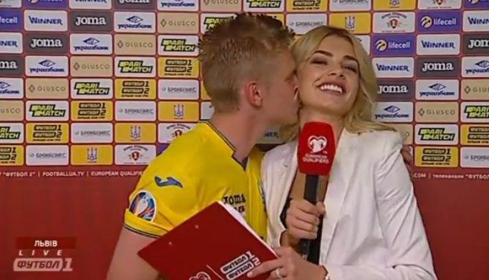 Олександр Зінченко поцілував журналістку Владу Седан / фото: скріншот