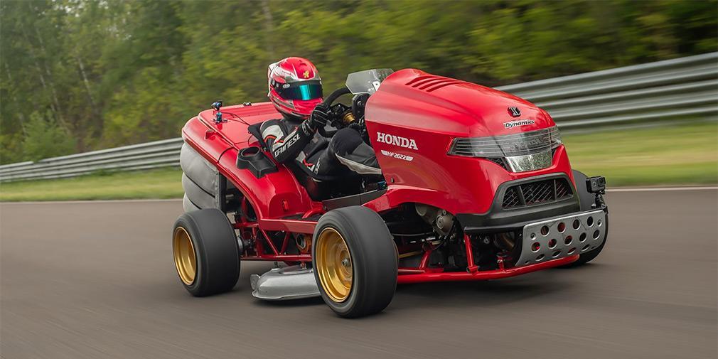 Honda стала обладателем рекорда скорости для газонокосилок / фото Honda