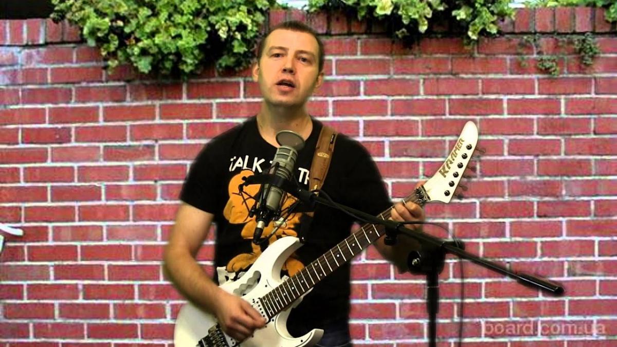 "Гитарист ""Бахыт-компот"" Ян Комарницкий / скриншот"