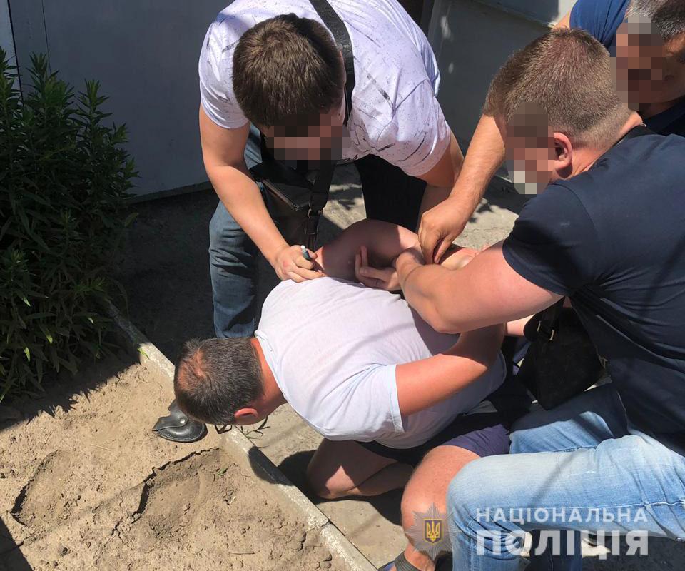 Зловмисник ошукував своїх жертв протягом п'яти років / фото ГУ НП у Дніпропетровській області