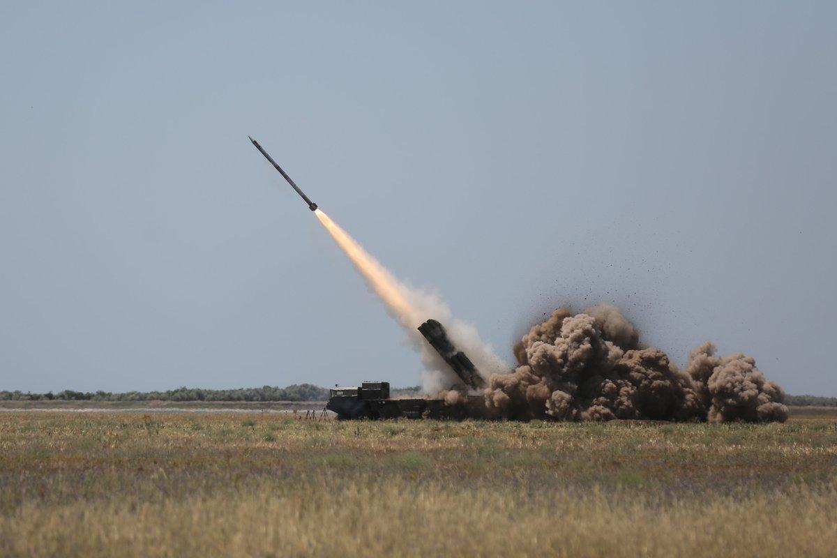 """Первые серийные ракеты """"Ольха"""" поступили в украинскую армию / пресс-служба СНБО"""