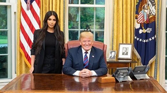 """Дональд Трамп, коментуючи виступ Кардашьян, був небагатослівний: """"Я думаю, вона досить популярна"""" / Фото: Білий дім"""