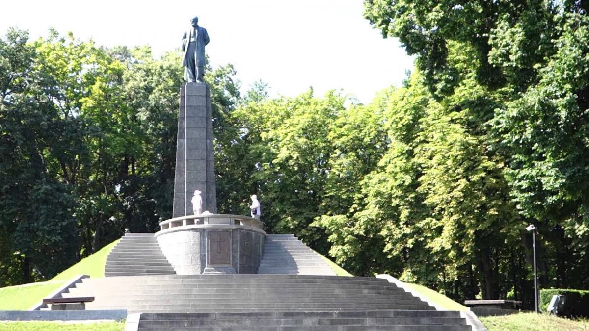 В 1939 году в Каневе открыли памятник Тарасу Шевченко/ YouTube