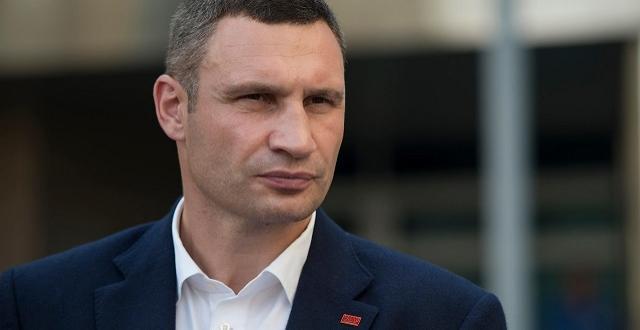 """Кличко прокоментував проїзд авто по """"скляному"""" мосту"""