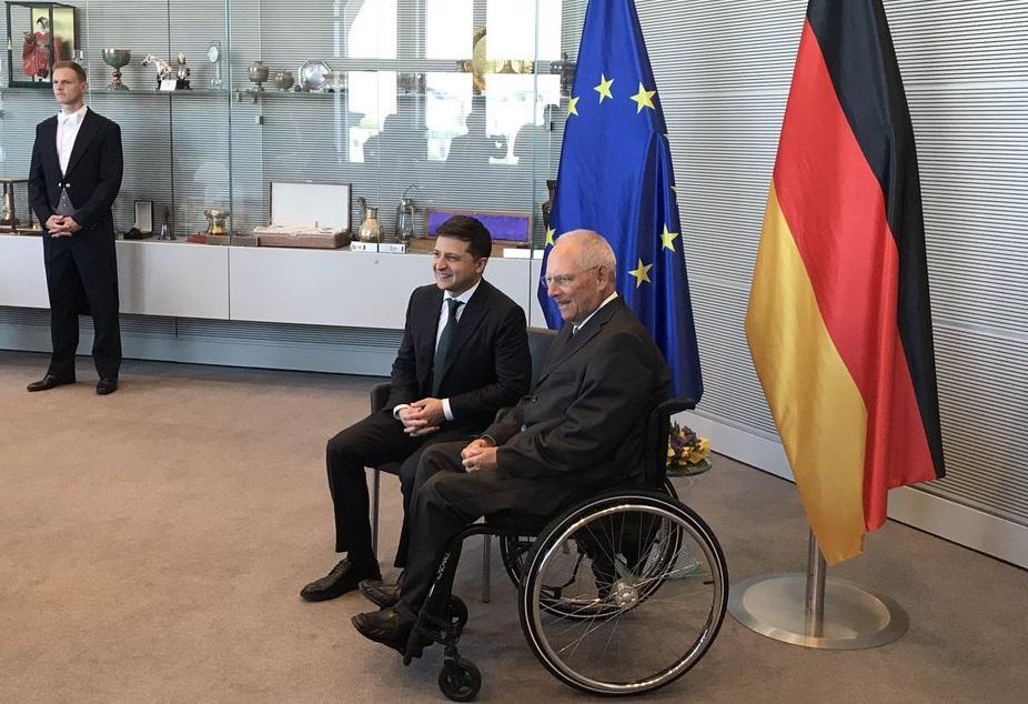 Зеленський на зустрічі закликав країни Європи долучитись до розбудови Донбасу / фото: twitter.com/melnykandrij