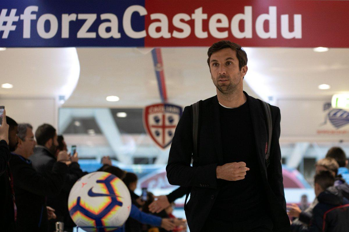 Даріо Срна попрощався з Кальярі / фото: twitter.com/cagliaricalcio