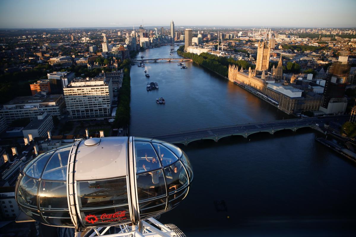 МАУ не будет прекращать выполнение рейсов из Британии \ фото REUTERS