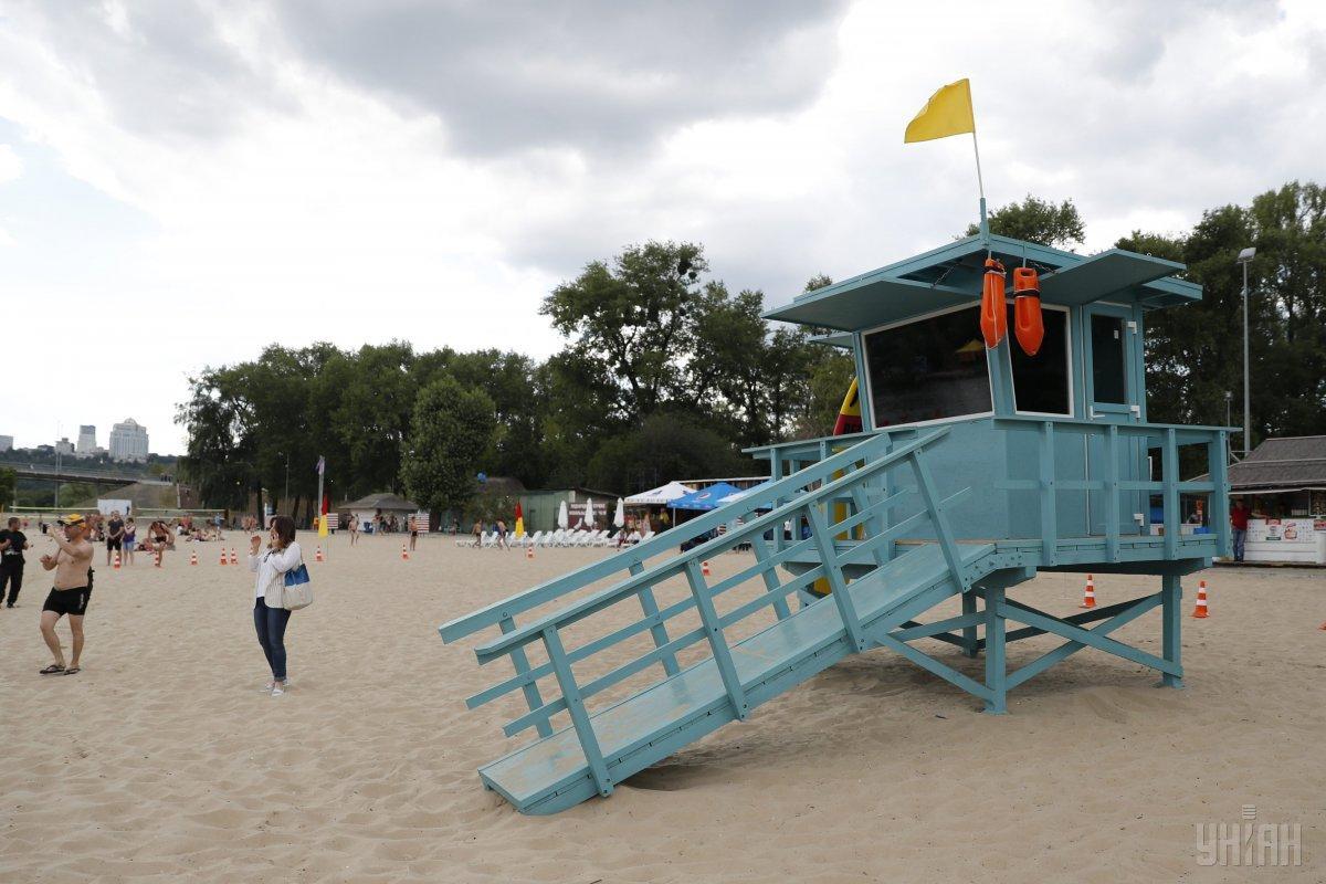 На пляжах Киева нашли кишечную палочку / фото УНИАН