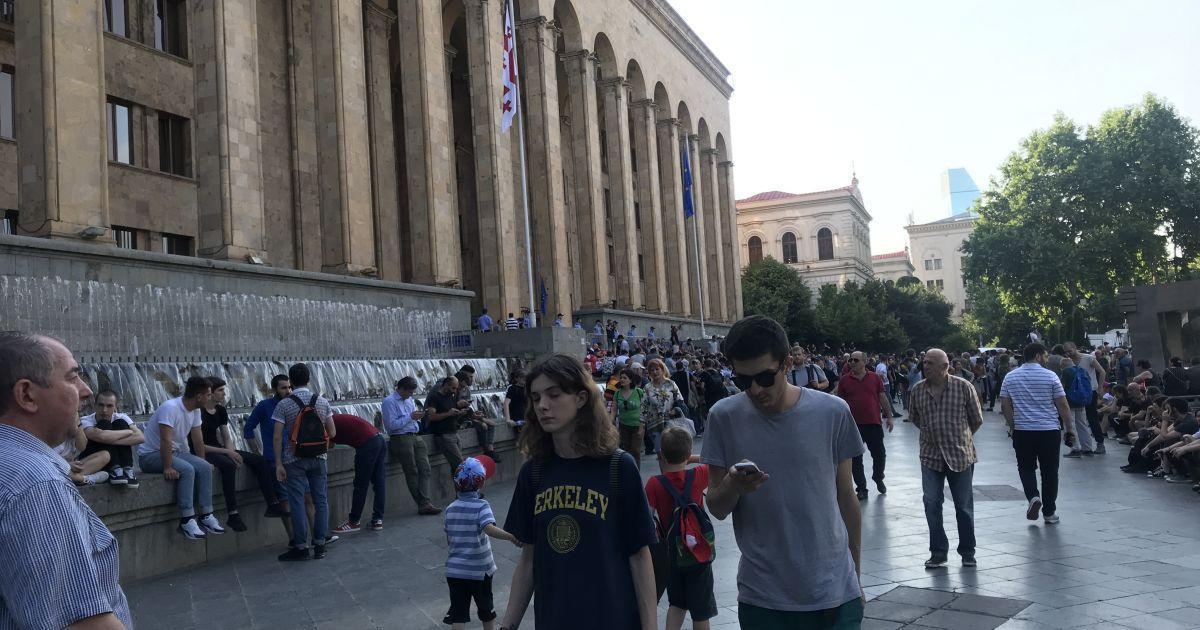 В Тбилиси продолжаются протесты / фото ТСН