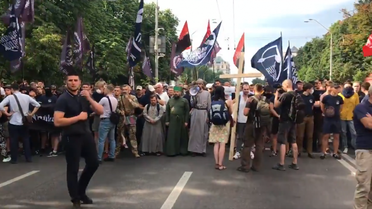 Nationalists block Kyiv's Volodymyrska Street / Screenshot