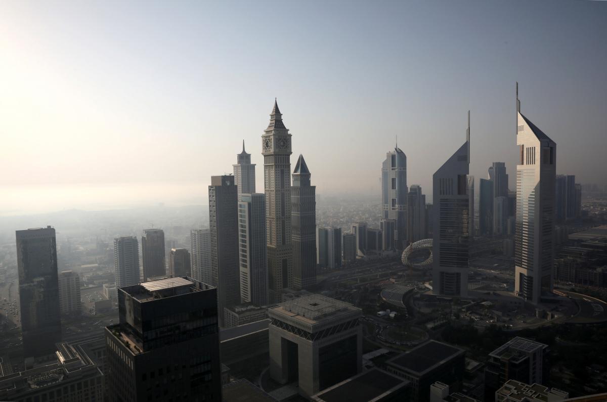 В ОАЭ будут стимулировать осадки \ фото REUTERS