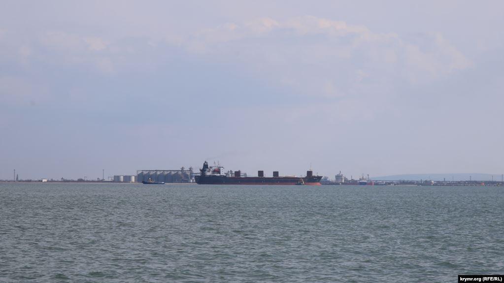 Судно Maryland, севшее на мель у берегов Керчи, иллюстрационное фото / ru.krymr.com