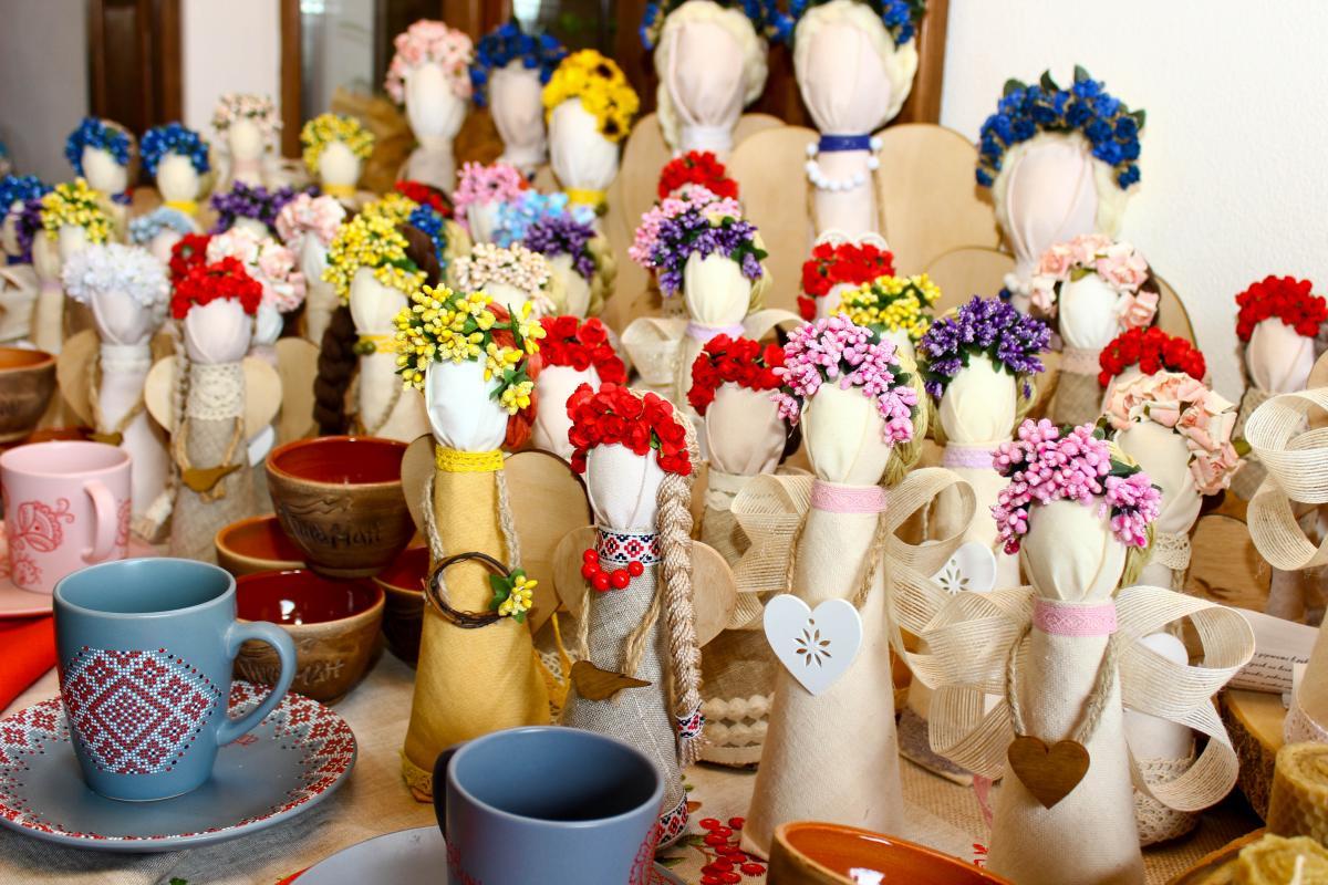 Также здесь можно купить традиционные сувениры / Фото Департамент туризма и курортов Херсонской ОГА