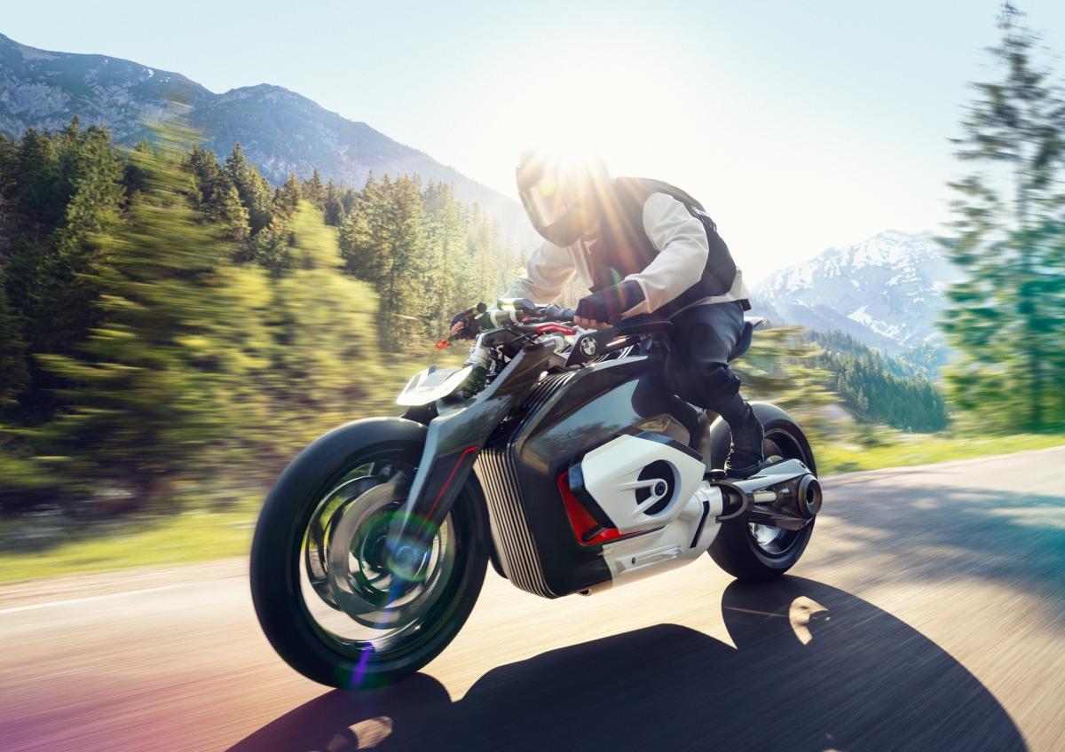 Разработчики пока не озвучили технические характеристики концепта электромотоцикла / фото BMW