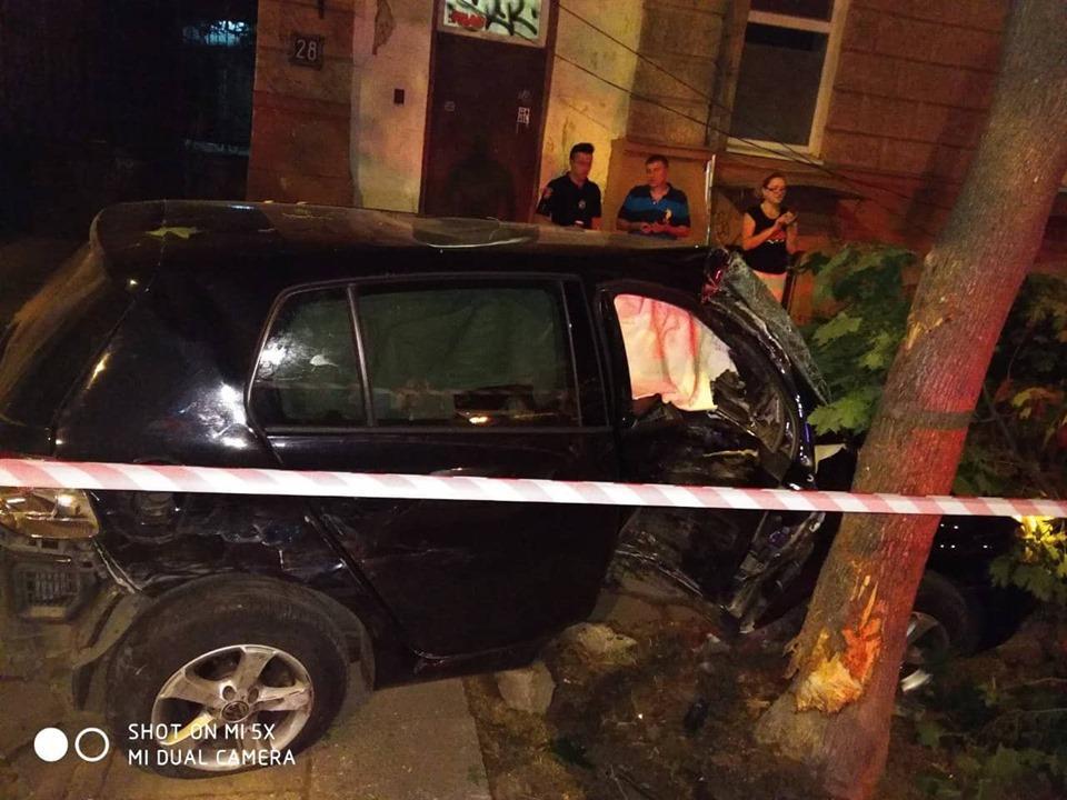 Водительипассажир пытались скрыться с места ДТП / фото управления патрульной полиции в Одесской области