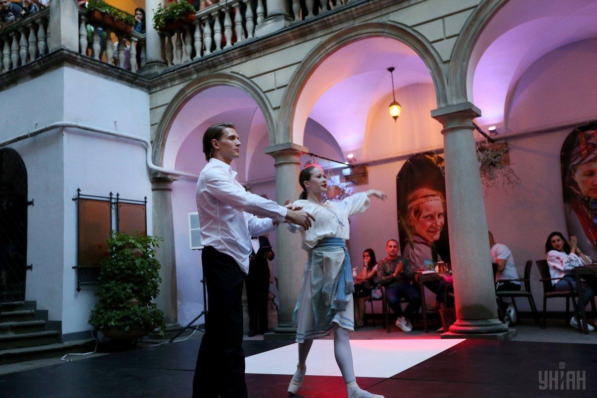 Фестиваль «Ніч у Львові» в Італійському дворику / Фото УНІАН