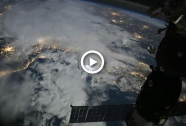 Космонавт показал, как с МКС выглядит ночь на нашей планете (видео)