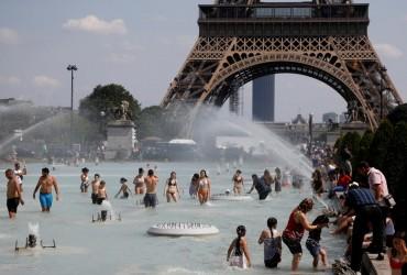 """""""Пекельна"""" спека у Європі: у Франції прогнозують рекордні +45° (відео)"""
