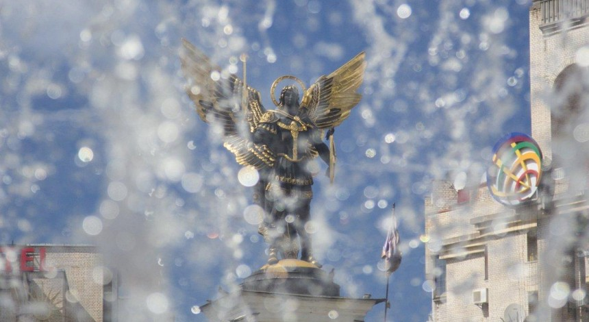 Прогноз погоди: день виборів в Україні буде спекотним і з дощами