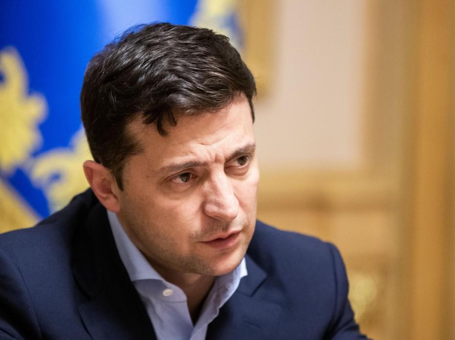 По словам президента, этот вопрос поднимается на переговорах в Минске / president.gov.ua