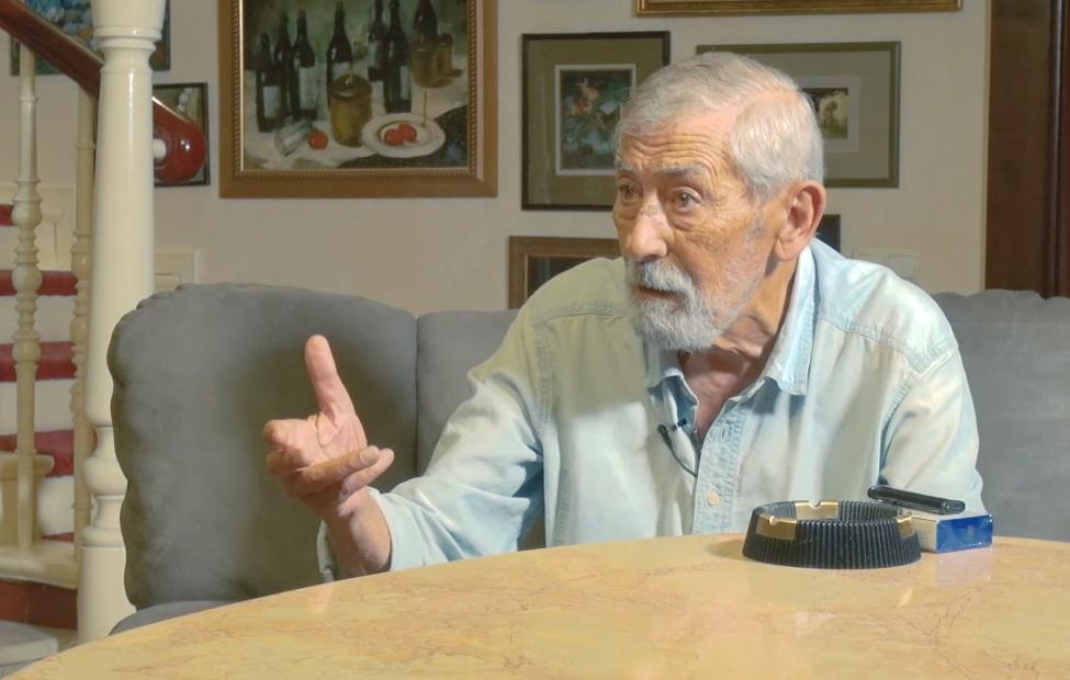 Вахтанг Кикабидзе рассказал, что у многих жителей Грузии близкие погибли в абхазской войне / Скриншот - Youtube,Пограничная ZONA