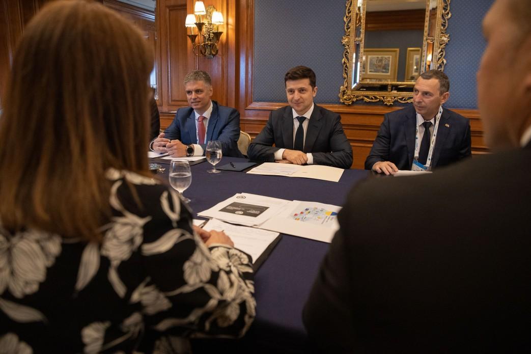 Зеленский призвал диаспору приобщаться к построению новой демократической и богатой Украины / фото: president.gov.ua