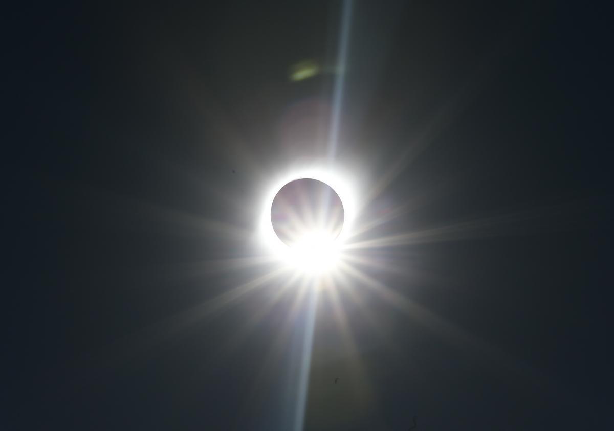 Солнечное затмение / REUTERS