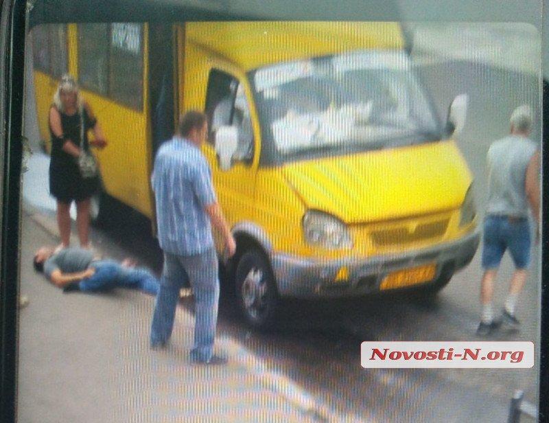 Очевидцы вызвали на место происшествия скорую и полицию/фото: Новости-N