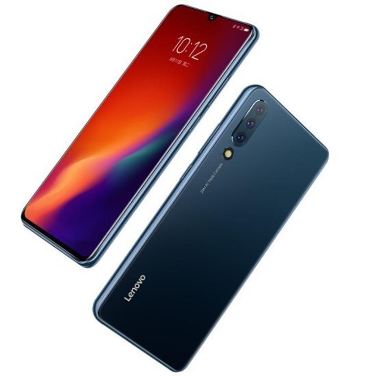 Дисплей смартфона занимает целых 93,1% площади фронтальной панели / фото Lenovo