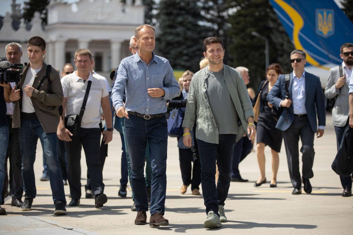 Зеленський і Туск відвідали Станицю Луганську / фото president.gov.ua