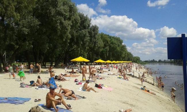 У червні пляж додатково обстежували після кількох випадків загибелі дітей на воді / фото gorod.cn.ua