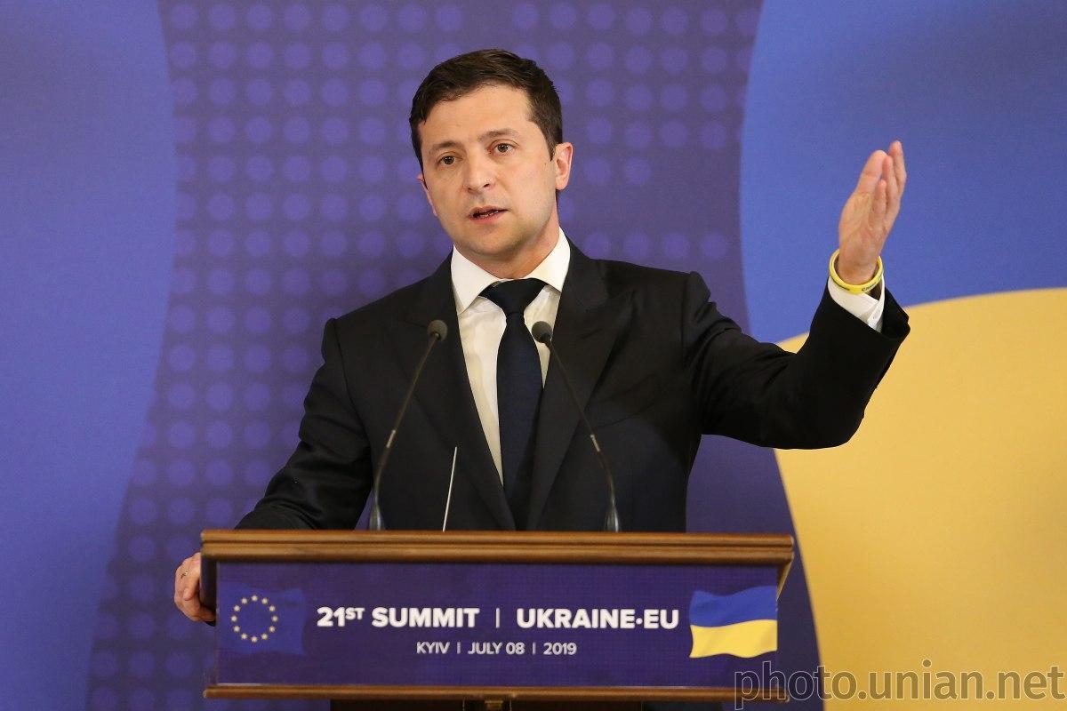 Владимир Зеленский подчеркнул, что имеет политическую волю для преодоления коррупции / фото УНИАН
