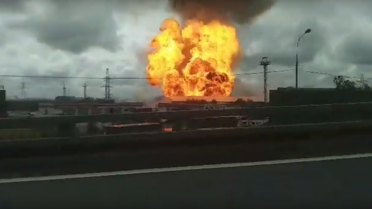 Причиной пожара мог стать взрыв/ скриншот