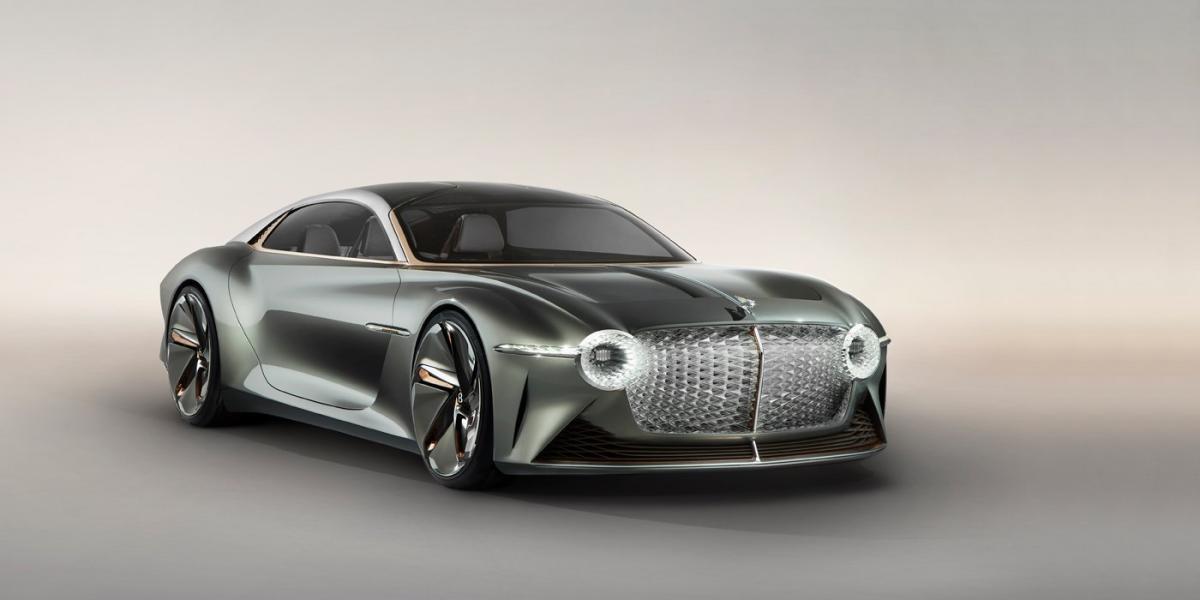 Для Bentley EXP 100 GT передбачена система повністю автоматичного управління / фото Bentley