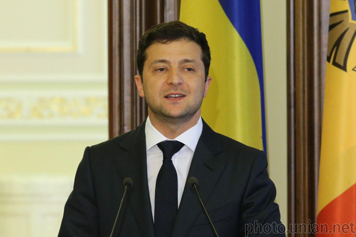 Зеленский в видеообращении предложил расширить действие закона о люстрации / фото УНИАН