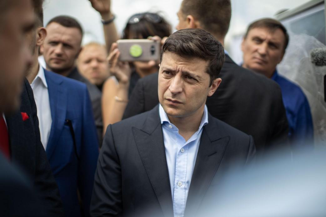Зеленський зобов'язав відремонтувати центральний міст в Дніпрі / фото president.gov.ua