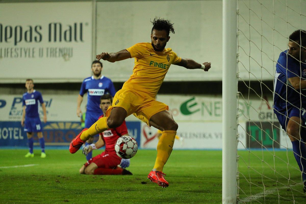 Адеринсола Эсеола забил по голу в каждом из таймов / фото: twitter.com/fc_kairat