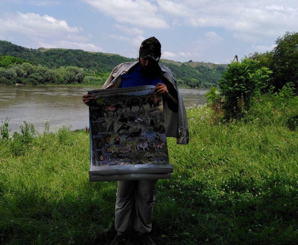 Тарас Пушкар розповідає про унікальність флори і фауни долини Дністра / фото УНІАН