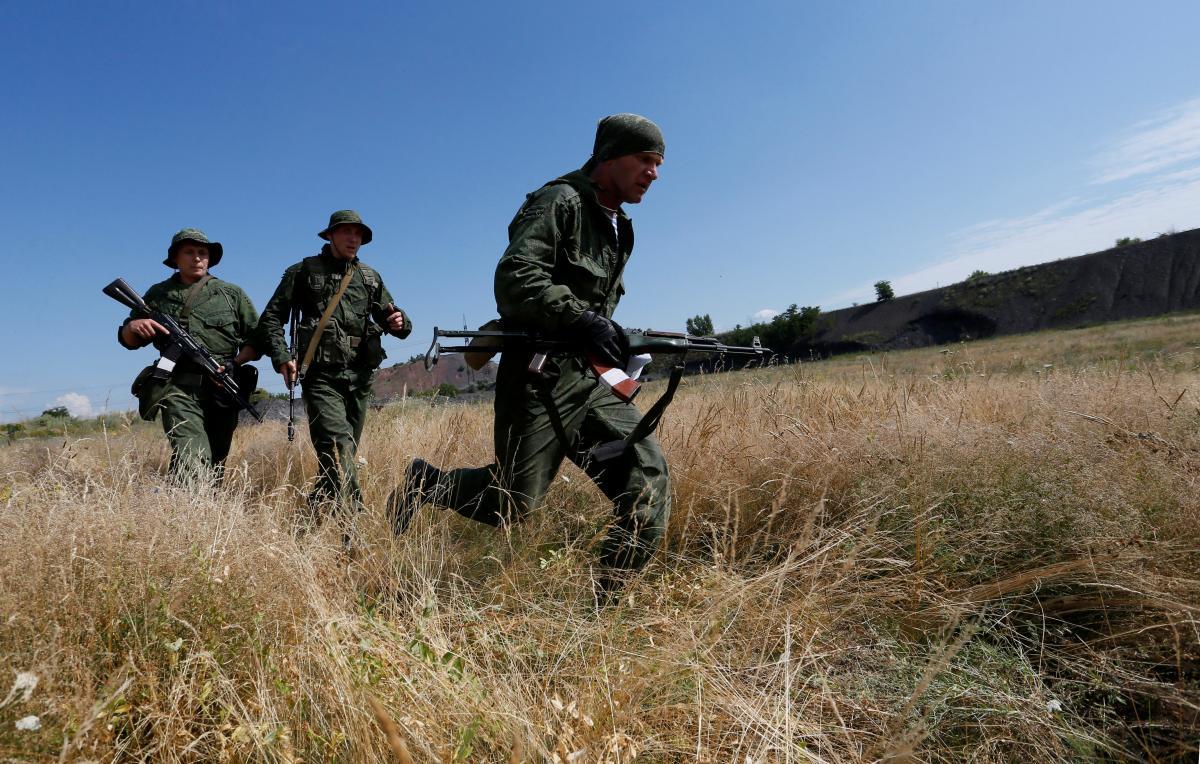 Члены НВФ на Донбассе / REUTERS