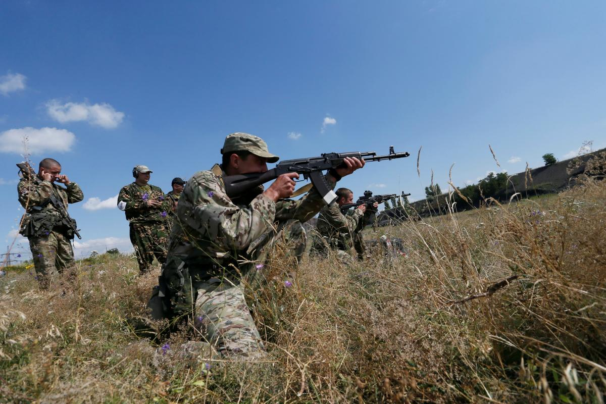 Бойовики на Донбасі / REUTERS