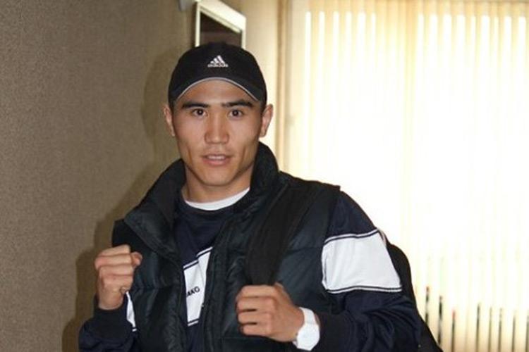 Аслан Муканов проводил бои в Колумбии / фото: 4news.kz