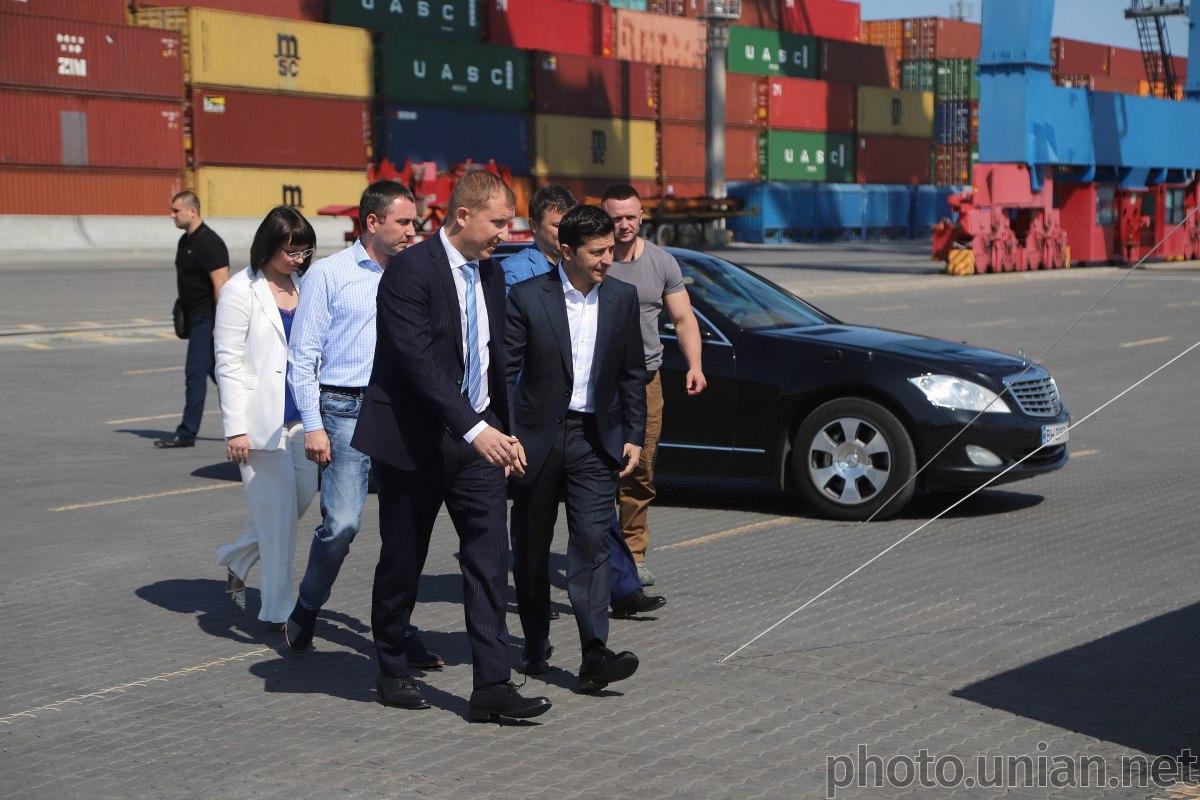 Зеленский посетил Одесский порт / фото УНИАН
