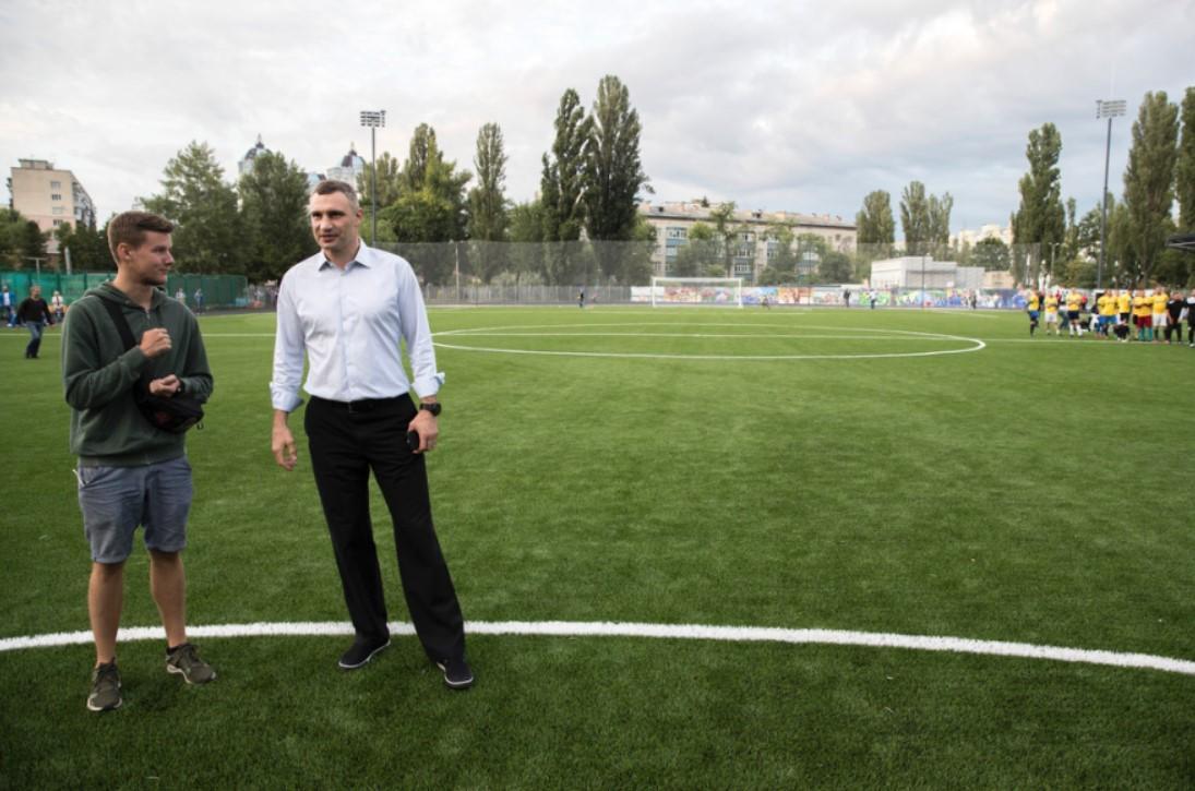 """Кличко рассказал, когда закончится реконструкция стадиона """"Русановец"""" / kiev.klichko.org"""