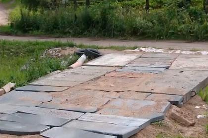 На плитах нет ни надписей, ни фотографий умерших/ фото: ГТРК Смоленск