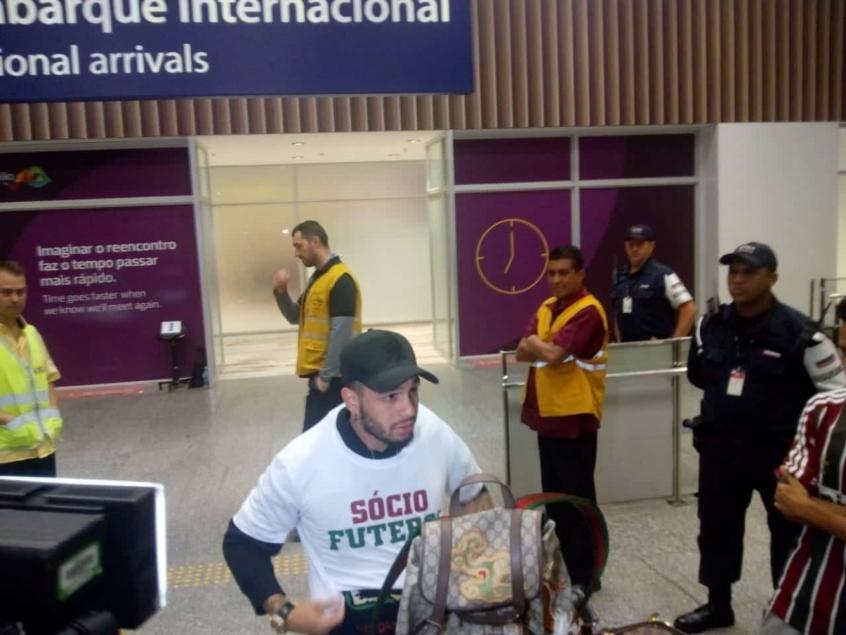 Нем в бразильском аэропорту / фото: lance.com.br