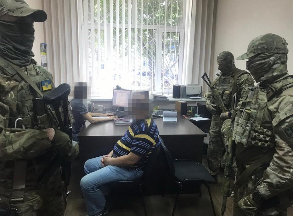 Правоохоронці затримали колишнього співробітника МВС, якого завербувала російська ФСБ / СБУ