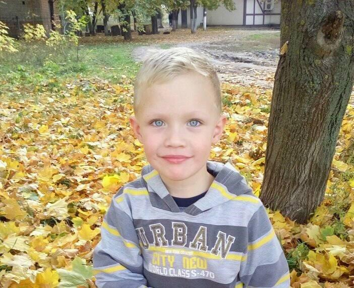 Полицейские попали в 5-летнего Кирилла Тлявова / фото UAportal