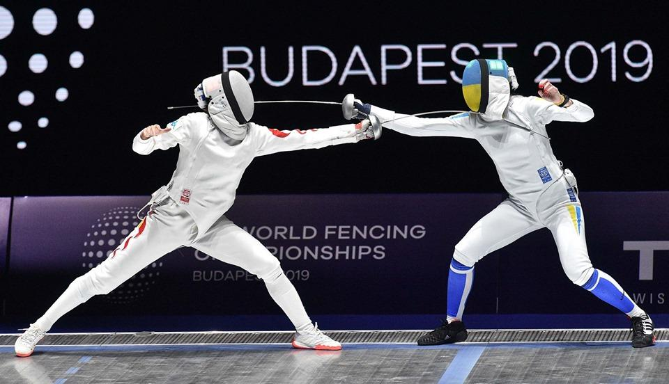 Олена Кривицька не змогла вийти у фінал, програвши китаянці / фото: facebook.com/fie.org