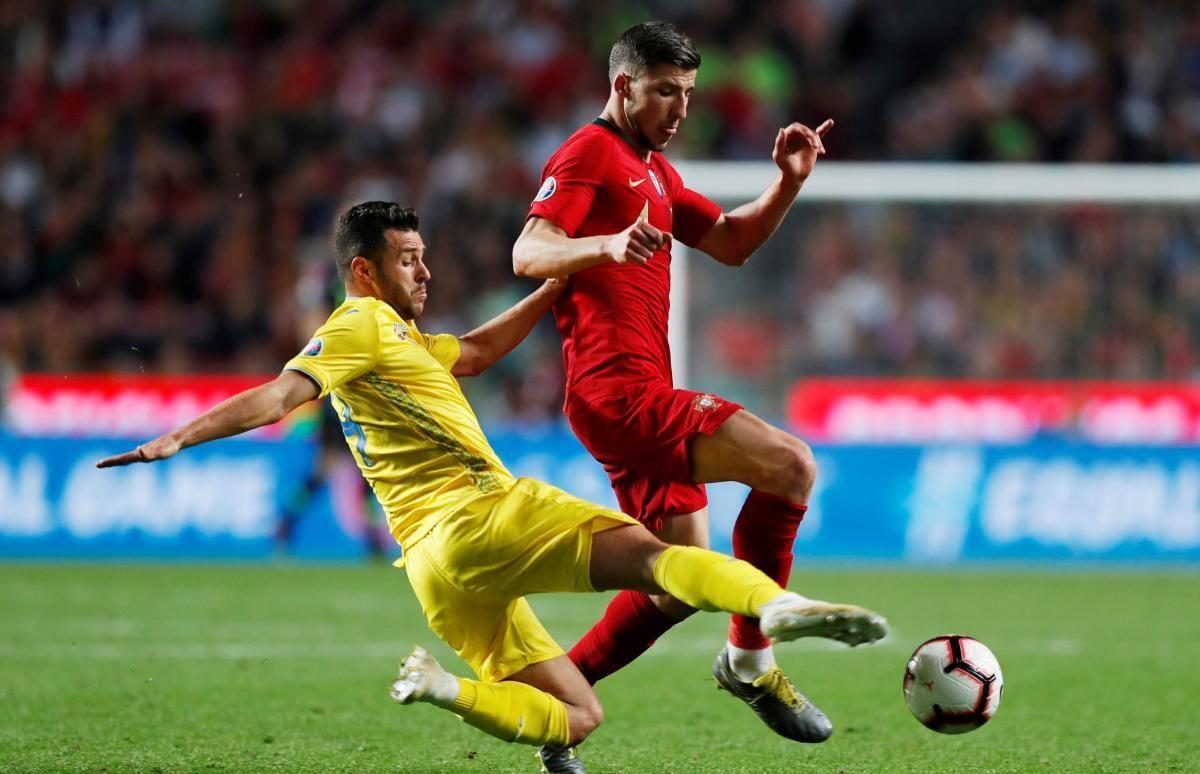 Жуниор Мораес в игре с Португалией / REUTERS